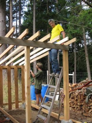 American WWOOFers Steve & Sean Building A Woodshed