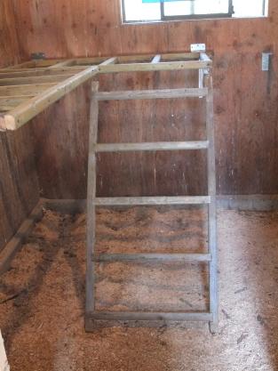 Roost Bars & Ladder