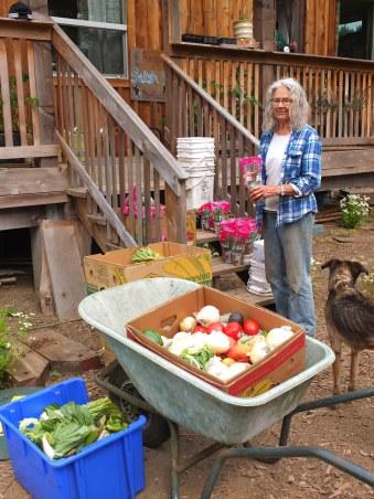 Elizabeth Sorting Food